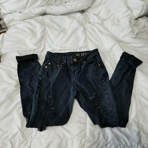 """Cotton On """"The Boyfriend"""" Jeans size 0"""